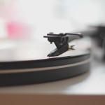 Sådan bruger du film og musik til at lære sprog hurtigere