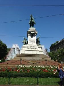 Der er også seværdigheder uden for centrum. Giuseppe Garibaldi var manden, der førte de italienske stater sammen til ét Italien.
